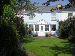 Picture of THE COTTAGE (situated in Mumbles, Swansea)
