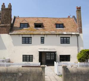 Picture of THE OLD CUSTOMS HOUSE (situated in Mudeford Quay, Christchurch, Dorset)