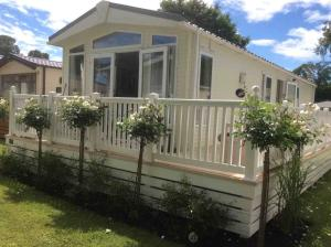 Picture of LAZY DAZE (situated in Mudeford, Christchurch, Dorset)