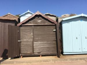 Picture of BEACH HUT 291 (situated in Frinton-On-Sea, Essex)
