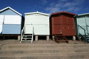 Picture of BEACH HUT 481 (situated in Frinton-On-Sea, Essex)