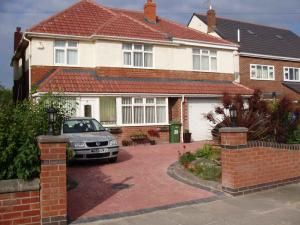 Picture of WYNGATE GUEST HOUSE (situated in Meols/ Hoylake, West Kirby, Merseyside & Wirral)