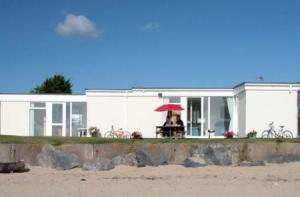 Picture of SEA VIEW CHALET CARMARTHEN BAY HOLIDAY VILLAGE (situated in Kidwelly, Carmarthenshire)